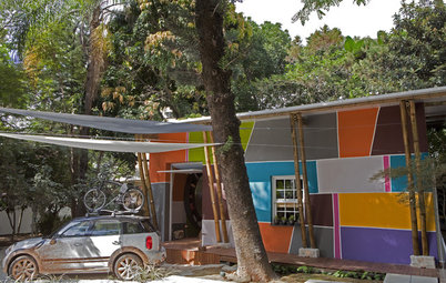 Houzz Tour: Splashy, Sustainable Shack in São Paulo