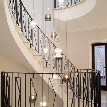 Grand Circular Staircase Balustrade
