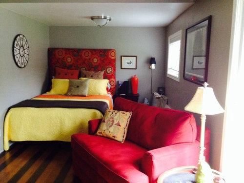 Long Narrow Bedroom Den