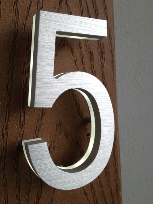 Led house numbers signage apartment number signs for Big modern house numbers