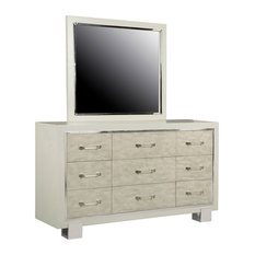 Pulaski Furniture Cydney Dresser With Mirror