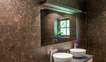Bathroom in stainless steel - Camo design