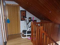 8 astuces pour remettre le lambris au go t du jour. Black Bedroom Furniture Sets. Home Design Ideas