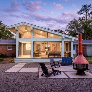Diseño de patio vintage de tamaño medio