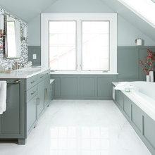 Skylights and Glass Tile Transform an Attic Into a Spa-Like Bath