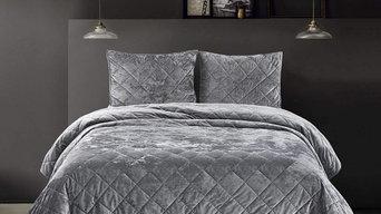 Bedding: Velvet Quilted Comforter Set