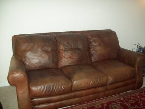 What Color Would Compliment My Leather Sofa