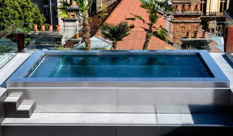 Ein Swimmingpool aus Edelstahl – über den Dächern von Reims