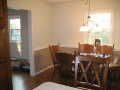 Dining Room Top And Bottom Dark Over Light Or Vice Versa