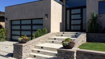 Matching Garage Door and Entry Door in Corona Del Mar, California