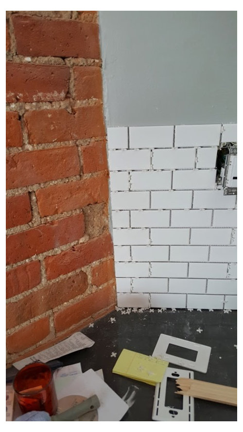Bullnose Tiles Are Not Available For This Type Of Subway Tile I M Also Unsure How To Finish The Ending Edge Along Brick Wall