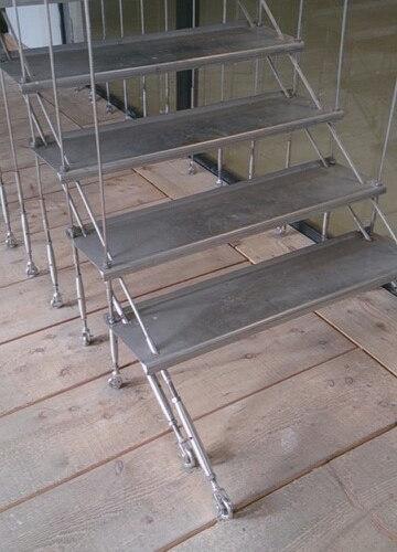 cage d\'escalier en câble inox