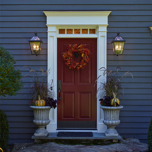 East Coast Colonial   Classic Outdoor Lighting