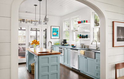 Houzz Tour: Playing With Good Tension in Austin