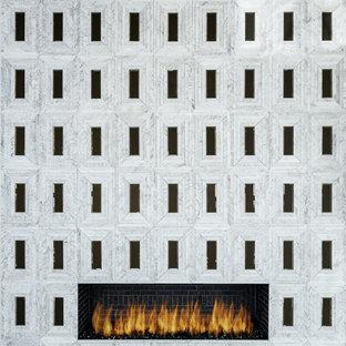 Built-In Modern Fireplace