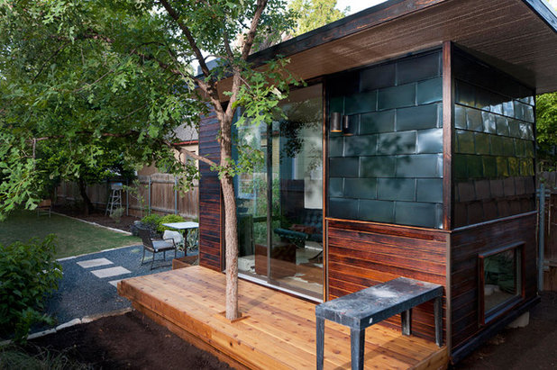 Why Your Home Office Should Be In The Backyard - Prefab backyard office