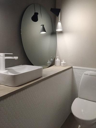 Modern Toalett by Studio In