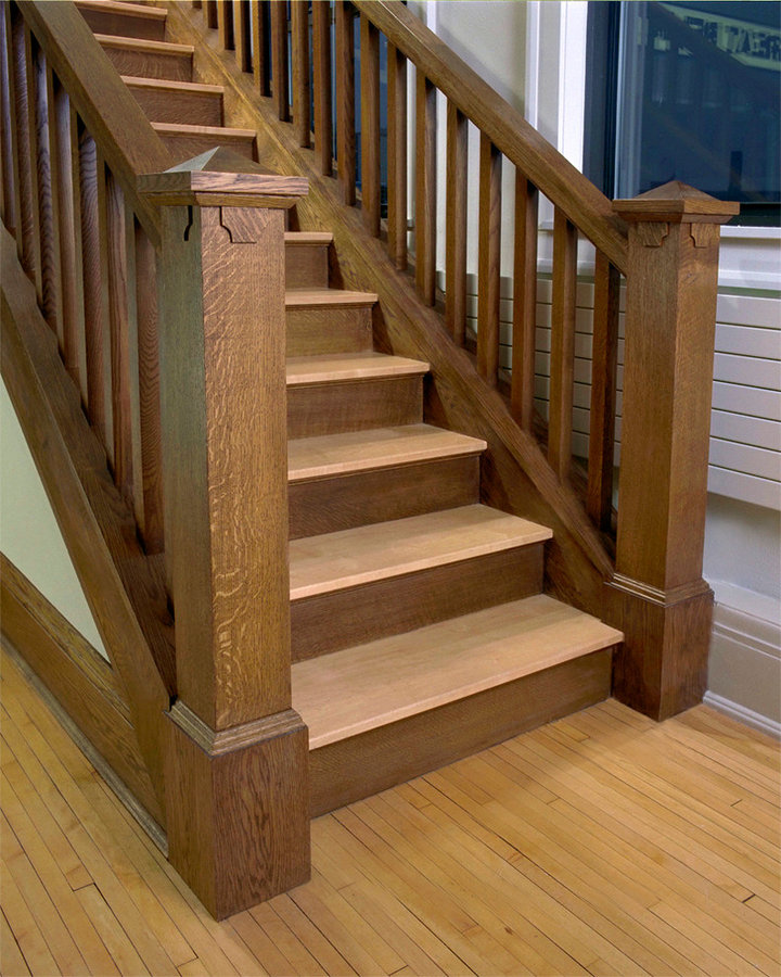 stair to master suite
