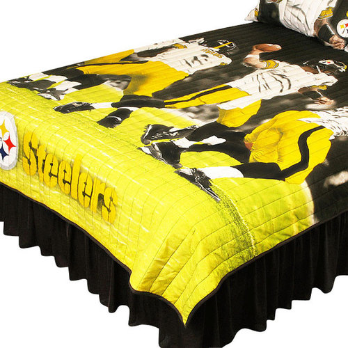 Sports Coverage Inc   Pittsburgh Steelers Twin Full Comforter Set Play  Action Bed   Kids