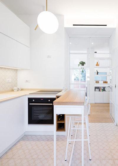 Moderno Cucina by 23bassi | Studio di architettura