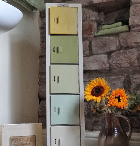 UPCYCLED BATHROOM CABINET - Bathroom Cabinets And Shelves & UPCYCLED BATHROOM CABINET