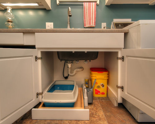 Best Laundry Room with Recessed-Panel Cabinets Design Ideas & Remodel Pictures | Houzz
