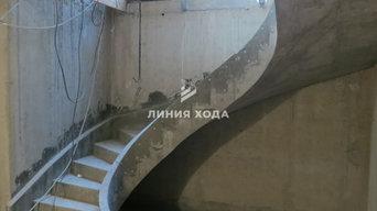 Комплекс из двух поворотных бетонных лестниц с тетивами в КП Сестроречье