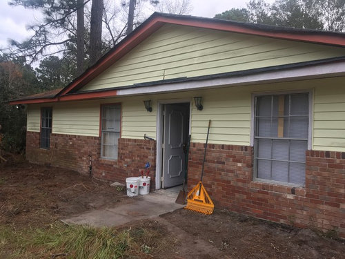 What Trim With Yellow Siding Amp Red Brick