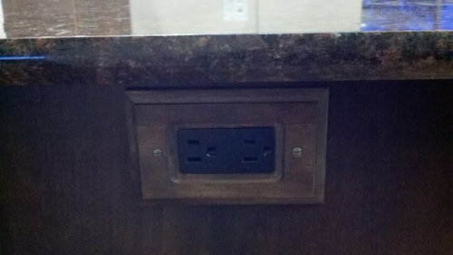 finished kitchen: tan brown granite with dark cabs