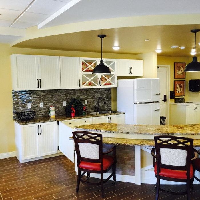 Grandview- Surprise Commercial Cabinetry