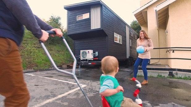 Houzz TV A TinyHouse Familys Big Adventure - Couple takes tiny house big adventure
