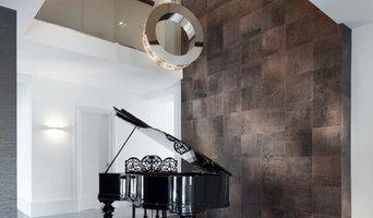 Кожаные стена и пол в гостиной коттеджа в Голландии