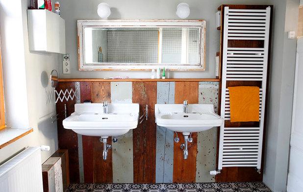 am anfang war der tisch wie eine werkstatt f r altholz m bel entstand. Black Bedroom Furniture Sets. Home Design Ideas
