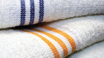 Three Stripe Economy Pool Towels