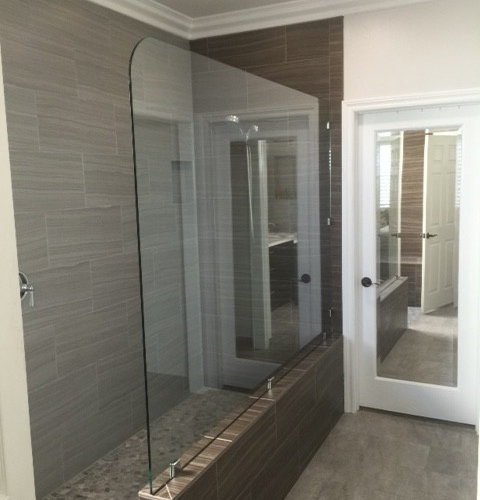 glass screens  partitions  splash guards  glass panels  wet room  glass dividers