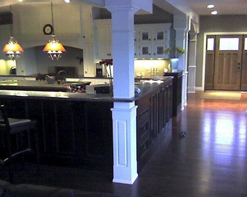 Square interior columns for Square interior columns