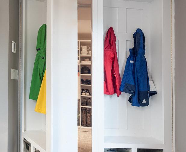 Eine versteckte garderobe sorgt f r ordnung und furore for Garderobe novel
