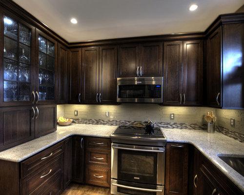 Small Traditional Home Design Idea In DC Metro