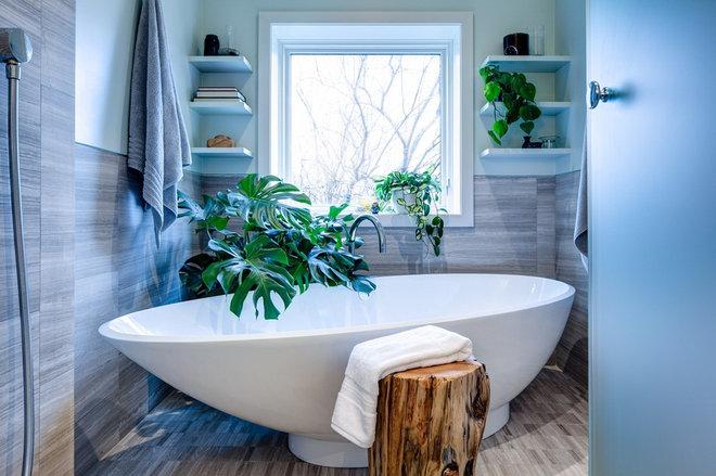 Современный Ванная комната by Beauparlant Design inc