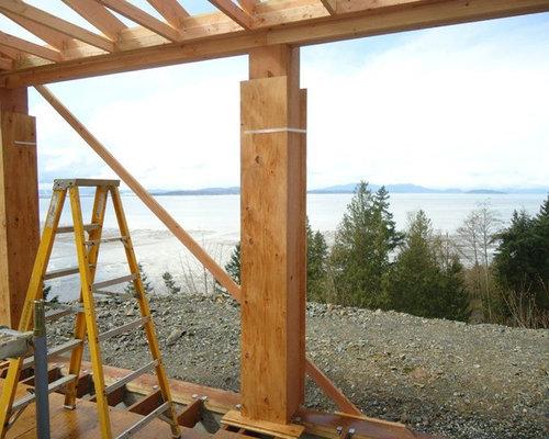Robins Build On Chuckanut Drive