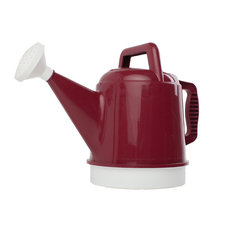 Deluxe Watering Can 2.5 Gallon, Union Red