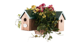 Signature Four Cluster Birdhouse With Planter Box