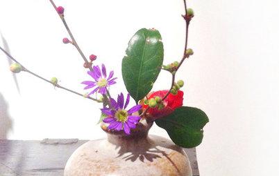 Evoke a Japanese Tearoom's Beauty With a 'Chabana' Flower Arrangement