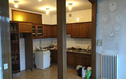 La reforma integral de un piso en Lugo con una cocina acristalada