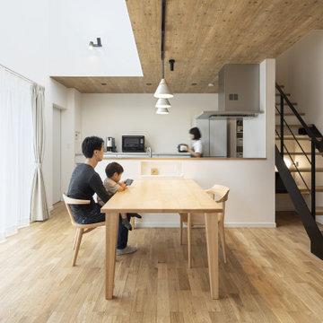 快適な生活動線とW(ダブル)書斎が、充実したおうち時間をつくるガレージハウス
