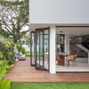 Singapore Houzz: A Light-Filled Home Embraces Nature