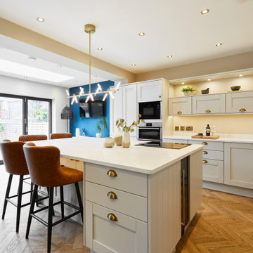 Contemporary Open Plan Kitchen Living Area