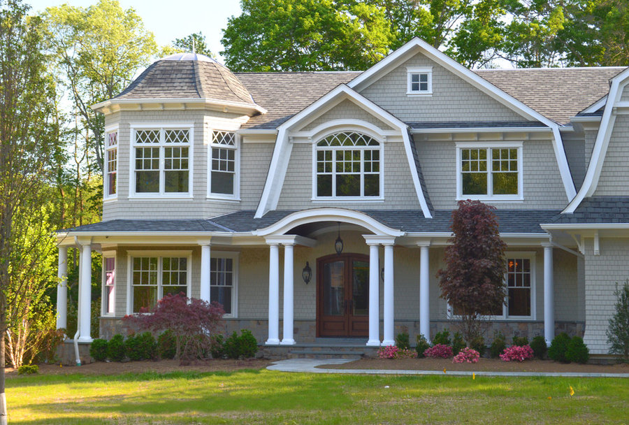 Shingle Style Home in Saddle River, NJf