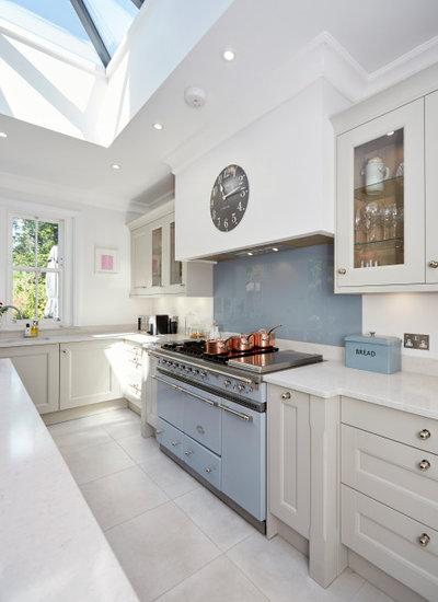 Transitional  by Ashford Kitchens & Interiors