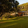 Houzz Tour: Seaside Cabins Blend Into the Bush